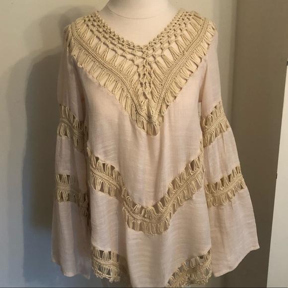 ed12703f5b Bohemian style crochet top. M_5b958a05409c156406137a79